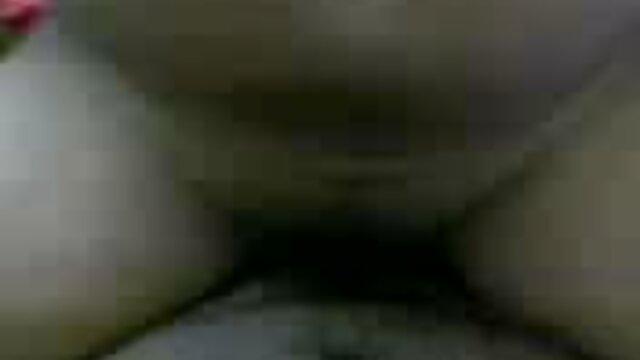 समलैंगिक साउथ की मूवी सेक्सी bukake 17 सीडी 2