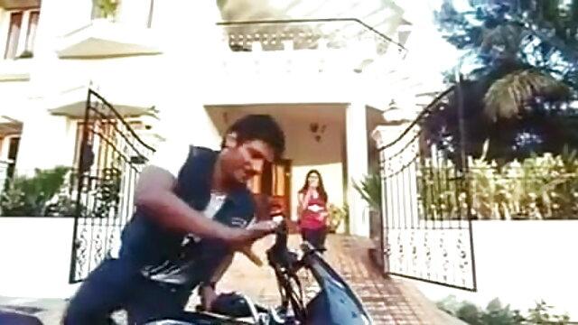 वेब कैमरा इतिहास अमीषा पटेल की सेक्सी मूवी 1033