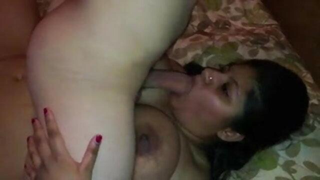 2 जुलाई 4 - भाग प्रियंका की सेक्सी मूवी एक