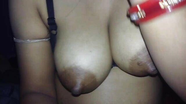 पापा - सनी लियोन की सेक्सी मूवी वीडियो बेबे ड्रिल्ड हो रही है