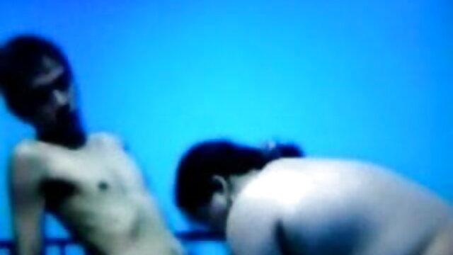 दिखावा करने में मजा आता है सनी लियोन की सेक्सी मूवी वीडियो