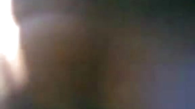 बस्टी बिच गड़बड़ कठिन पर रानी की सेक्सी मूवी सोफा