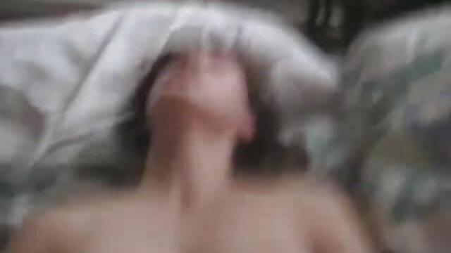 समलैंगिक hotties क्रूर dildos के साथ मज़ा सेक्सी हीरोइन की सेक्सी मूवी है