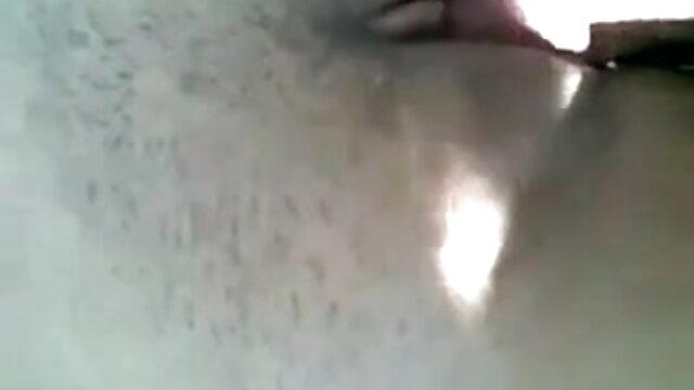 आईसी और एबी बड़े प्राकृतिक स्तन इंग्लिश की सेक्सी मूवी