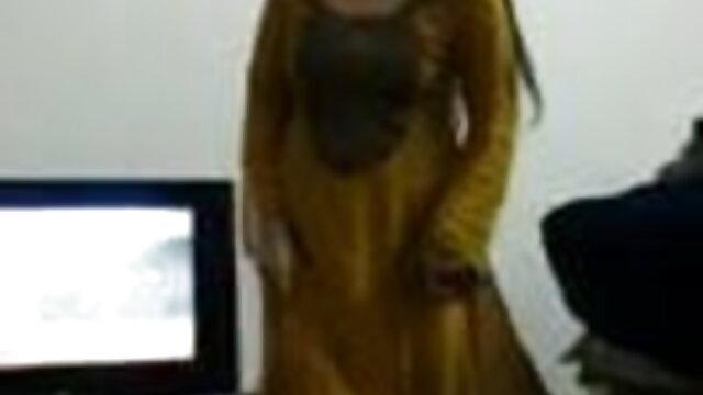 इस पर काजल राघवानी की सेक्सी मूवी मिलें !!!!!!!!!!!!!