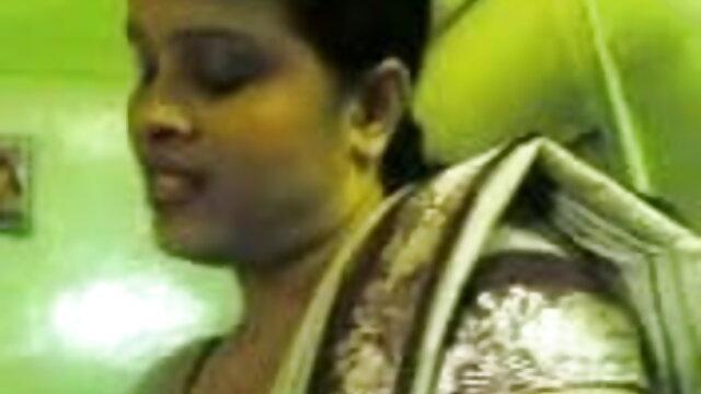 तीव्रता बढ़ रही है सनी लियोन की सेक्सी वीडियो मूवी