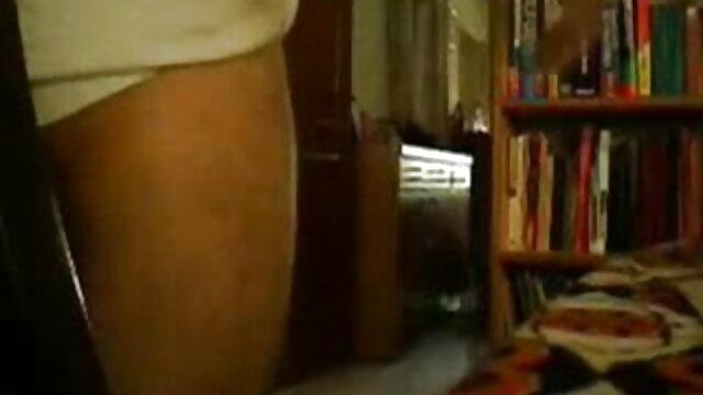 विशाल गधा डीपी के साथ काजल राघवानी की सेक्सी मूवी महिला