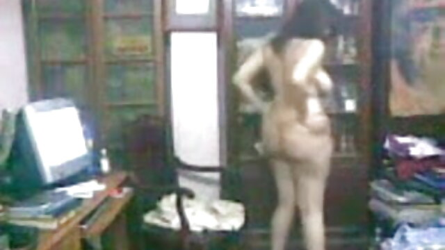 होली सैम्पसन और जेसी लुंडरबी - लेडी चेटर्ली सनी लियॉन की सेक्स मूवी का भूत