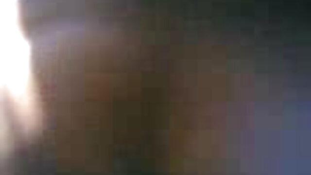 पीओवी ऐश्वर्या राय की सेक्सी मूवी बेब 15