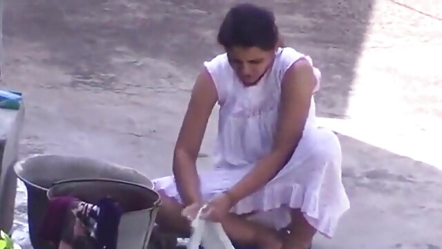 Je suis une salope une दिव्या भारती की सेक्सी मूवी grosse pute! फ्रेंच शौकिया