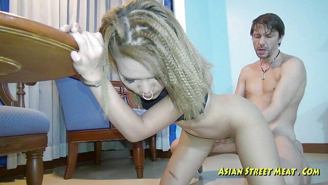 गर्म लड़की हिंदी की सेक्सी मूवी कमबख्त