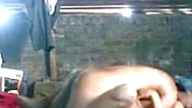 बेबे टिसिया शांति ने कक्षा में प्रवेश किया सोनाली की सेक्सी मूवी