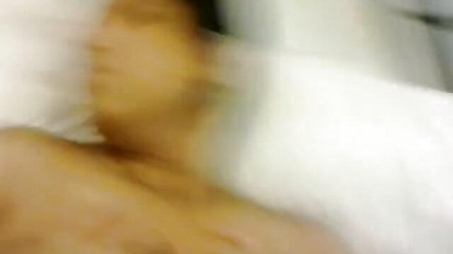 अया कैंपिंग सनी लियोन की सेक्सी वीडियो फुल मूवी में जाता है
