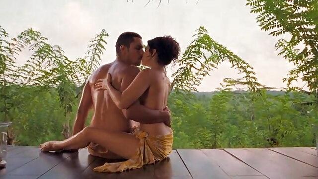 च्लोए और सनी देओल की बीएफ सेक्सी मूवी निक