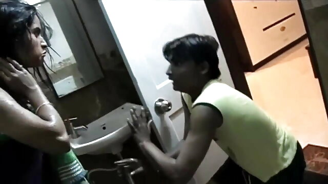 जो काजल राघवानी की सेक्सी मूवी दोस्त चोदता है उसे ताला