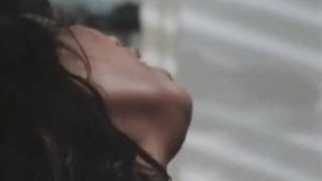 ऐनी: उसके आयरिश आदमी :) आनंद लें रेखा की सेक्सी मूवी