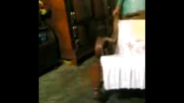 अनीता गोरा हो जाता है राखी सावंत की सेक्सी मूवी